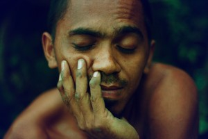 Sleepy Indonesian Man, photo by Pison Jaujip