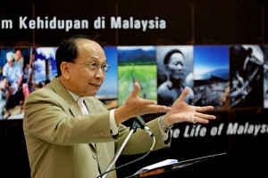 Dr Rais Yatim - Malaysia's Ministor of Culture