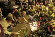 Flowers for MH17 victims